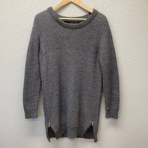 Thick knit sweater with size zippers   L